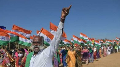 India's farmers back at protest camp after deep challenge to PM Modi